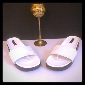 Dana Buchman  Very Nice Sandals